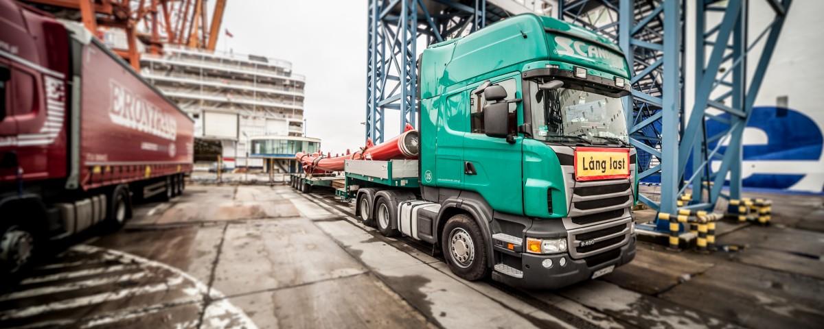 scandinavian transport niestandardowy