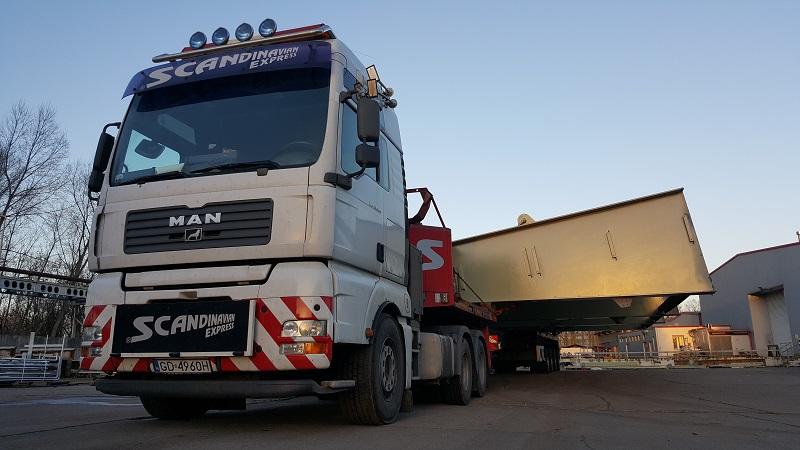 scandinavian przewieziony przez Scandinavian Express najszerszy ładunek ponadgabarytowy jaki był transportowany w Polsce
