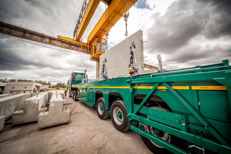 Inloader trailer